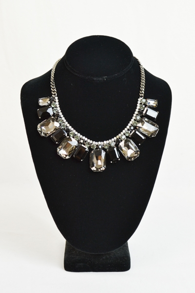 BLACK GEMSTONE NECKLACE SET - orangeshine.com