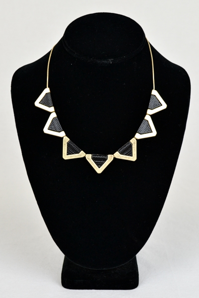 GOLD TRIANGLE COLLAR NECKLACE - orangeshine.com