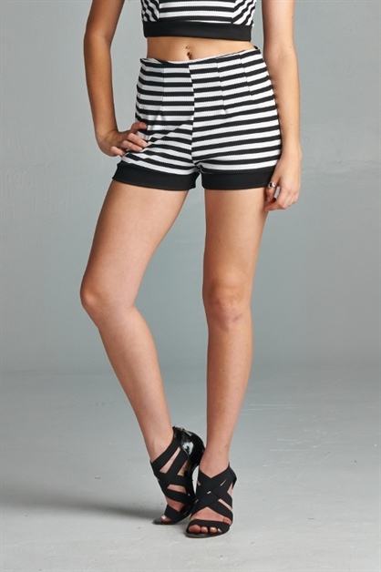 HIGH WAIST STRIPED SHORTS - orangeshine.com