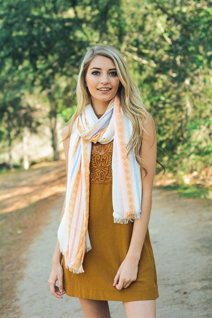 Vertical Diamond Pattern Scarf - orangeshine.com