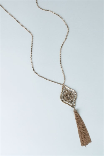 CHAIN TASSEL PENDANT NECKLACE - orangeshine.com