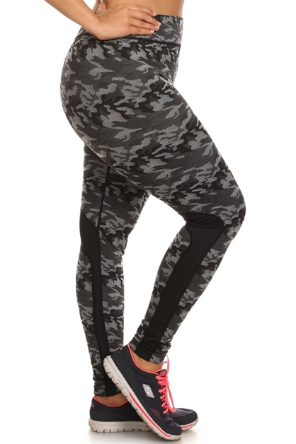 Plus Size Camouflage Leggings - orangeshine.com