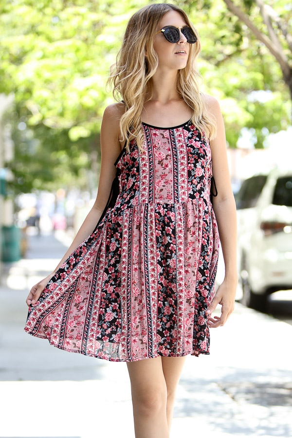 Printed sleeveless dress - orangeshine.com