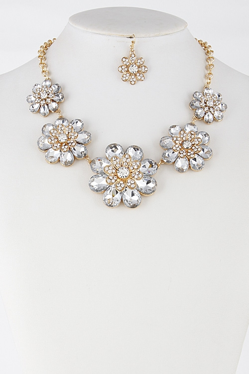 Flower Rhinestone Necklace - orangeshine.com