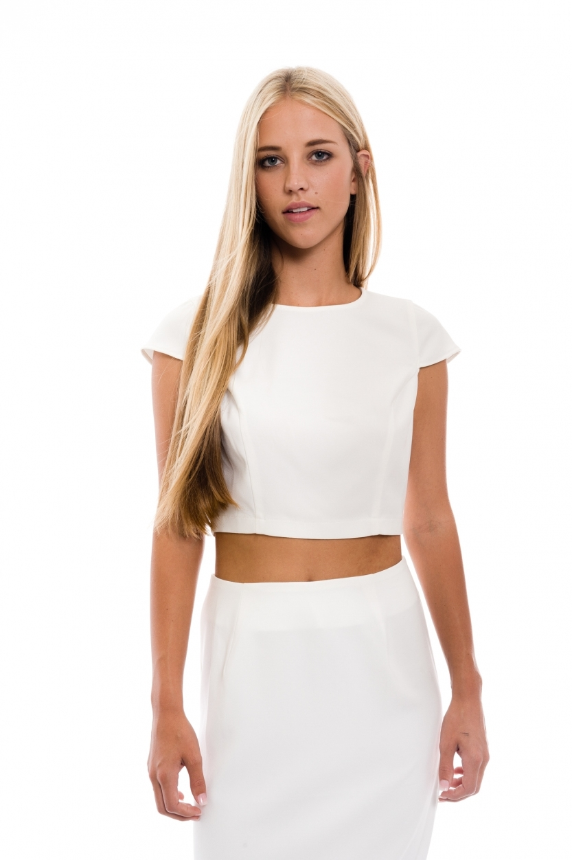 black capsleeve cropped top - orangeshine.com