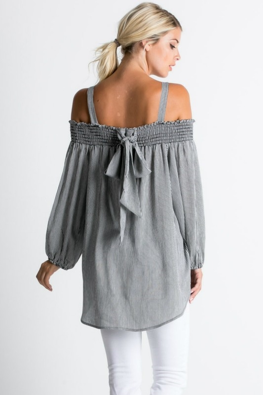 Off The Shoulder With Bow TOPS - orangeshine.com
