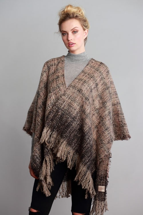 WOVEN RUANA WITH FRINGED HEM - orangeshine.com