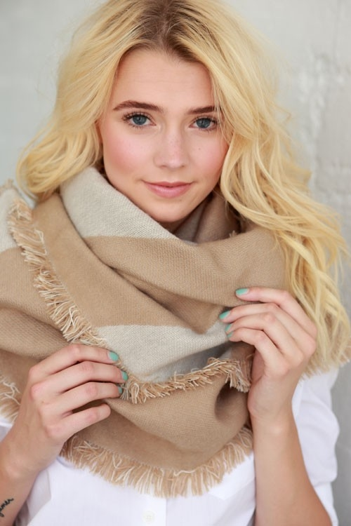 SOFT COLOR BLOCK BLANKET SCARF - orangeshine.com