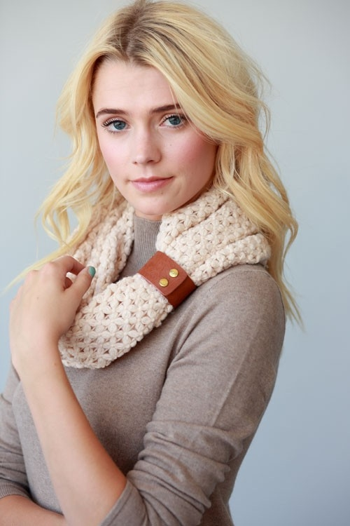 INFINITY SCARF W/LEATHER CUFF - orangeshine.com