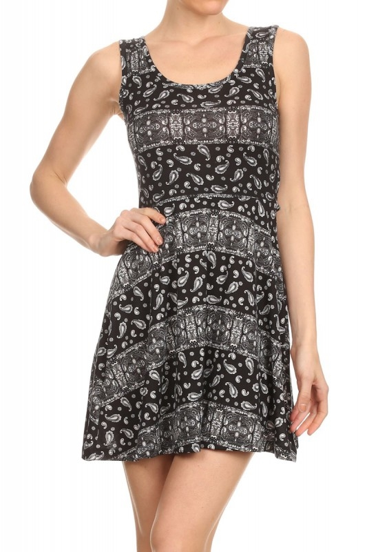 back cutout dress paisley blak - orangeshine.com