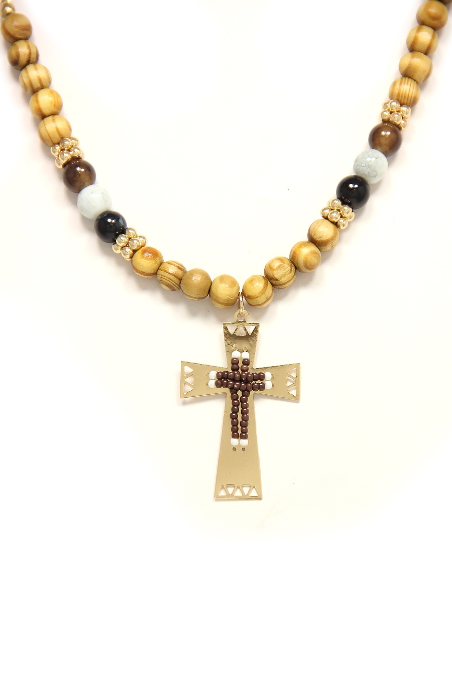 BEADED CROSS PENDANT NECKLACE - orangeshine.com