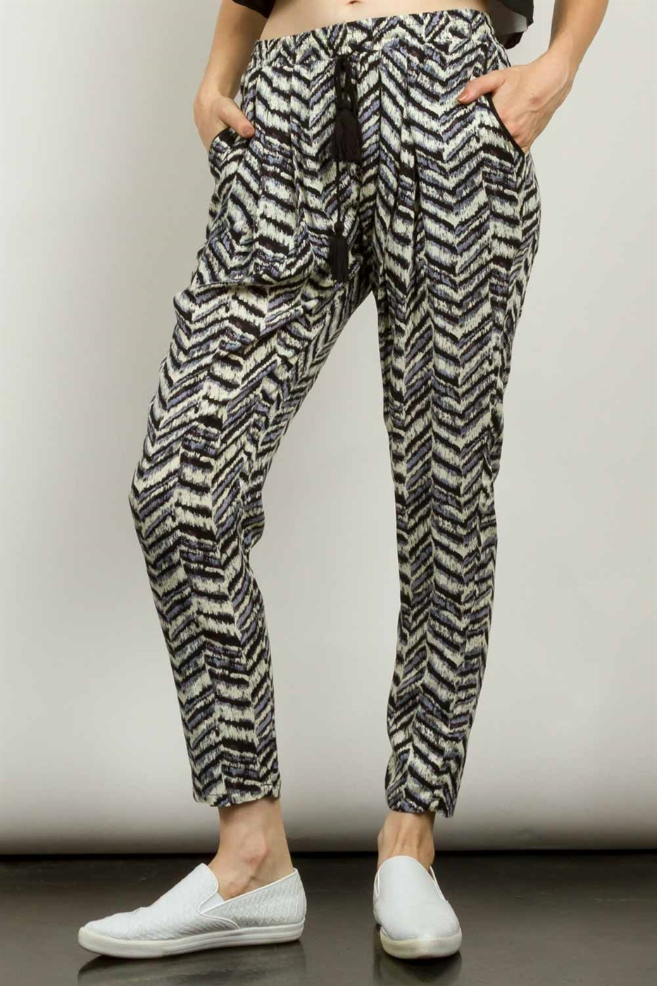 ANIMAL PRINTED JOGGER PANTS - orangeshine.com
