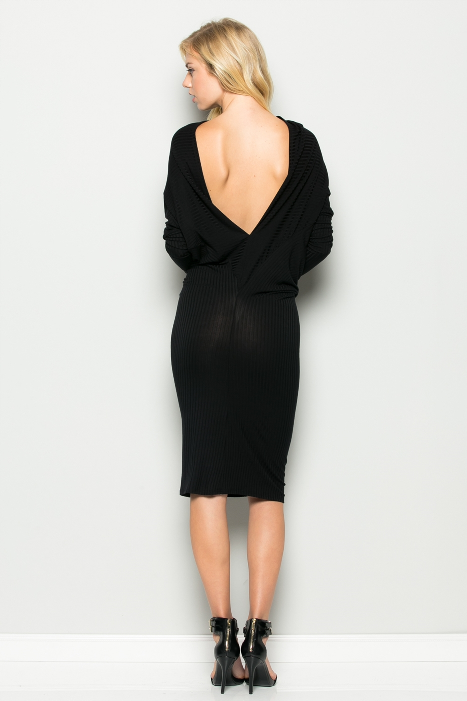 DRESS WITH V-NECK PLUNGE BACK - orangeshine.com