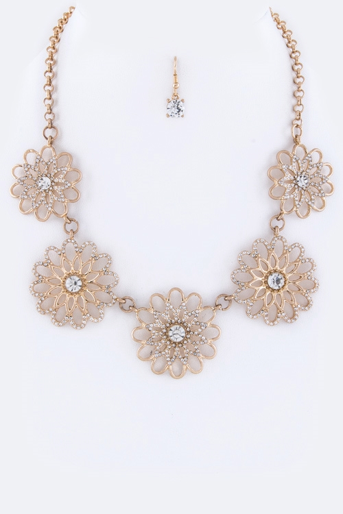 Crystal Flowers Necklace - orangeshine.com