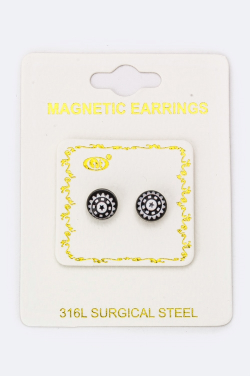 Star Wheel Magnetic Earrings - orangeshine.com