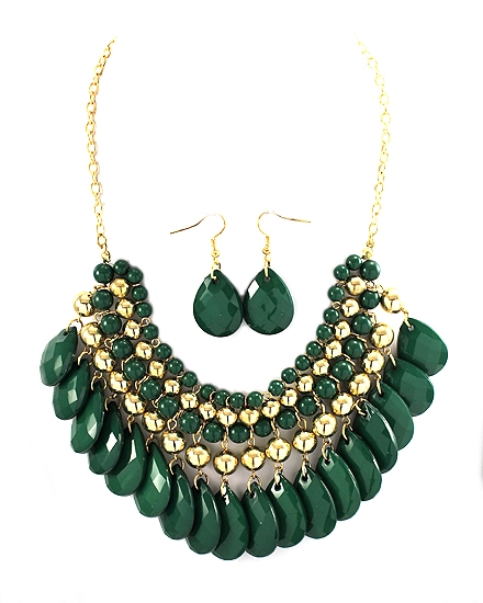 Green Necklace - orangeshine.com