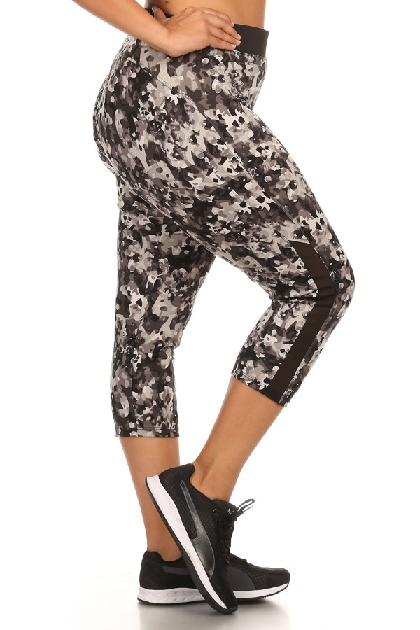 Plus Size Sport Capri Leggings - orangeshine.com