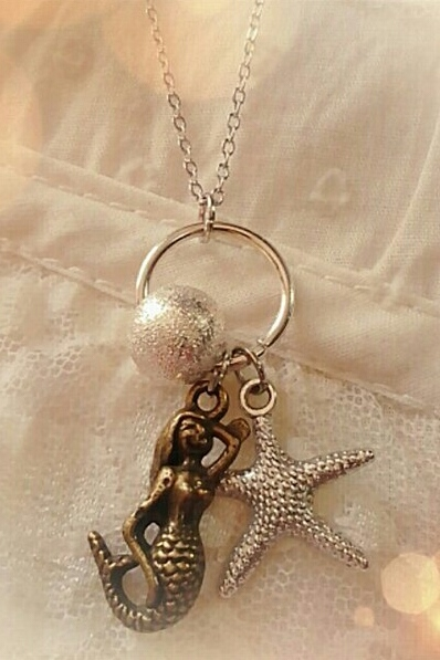 Mermaid Starfish charm  - orangeshine.com