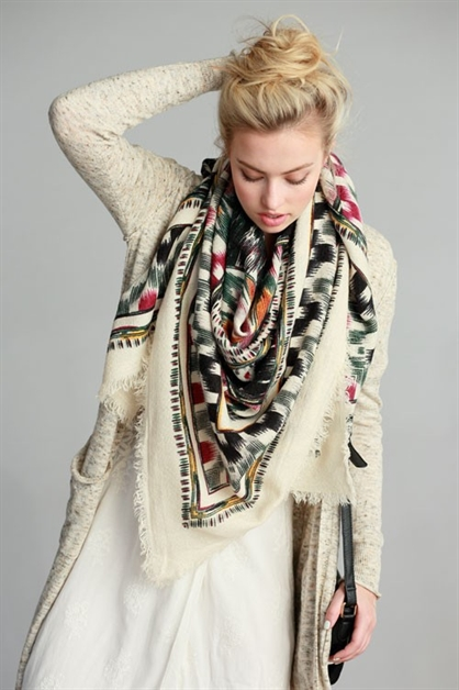 TRIBAL PATTERN PRINT SCARF - orangeshine.com