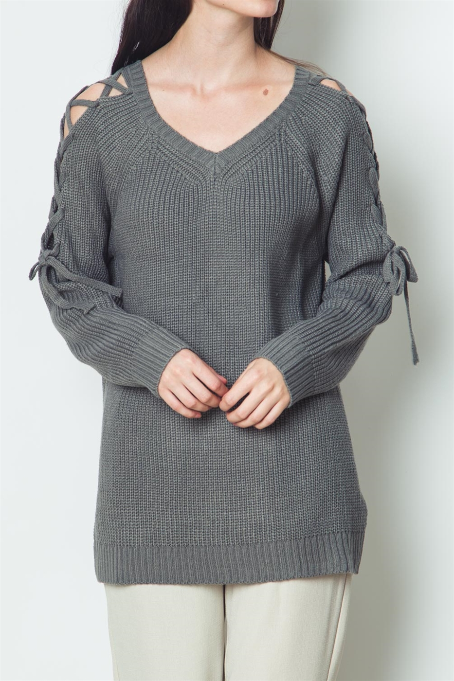 CUT OUT SHOULDER SWEATER - orangeshine.com