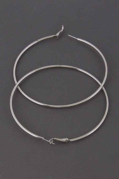 Shiny Hoop Earrings - orangeshine.com