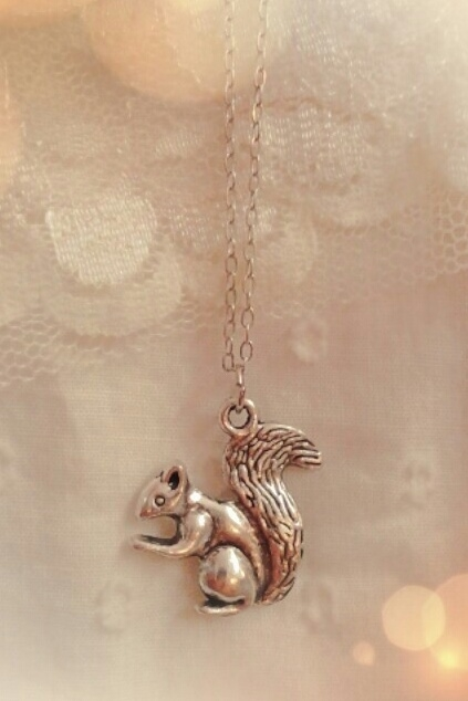 Squirrel charm necklace  - orangeshine.com