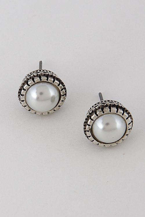 Flower Faux Pearl Earrings - orangeshine.com