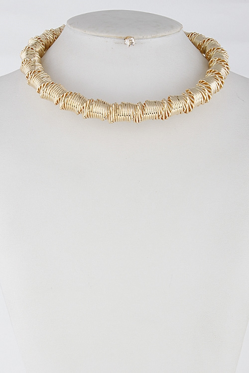 Thick Spiral Formal Choker - orangeshine.com