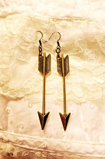 Large arrow earrings  - orangeshine.com