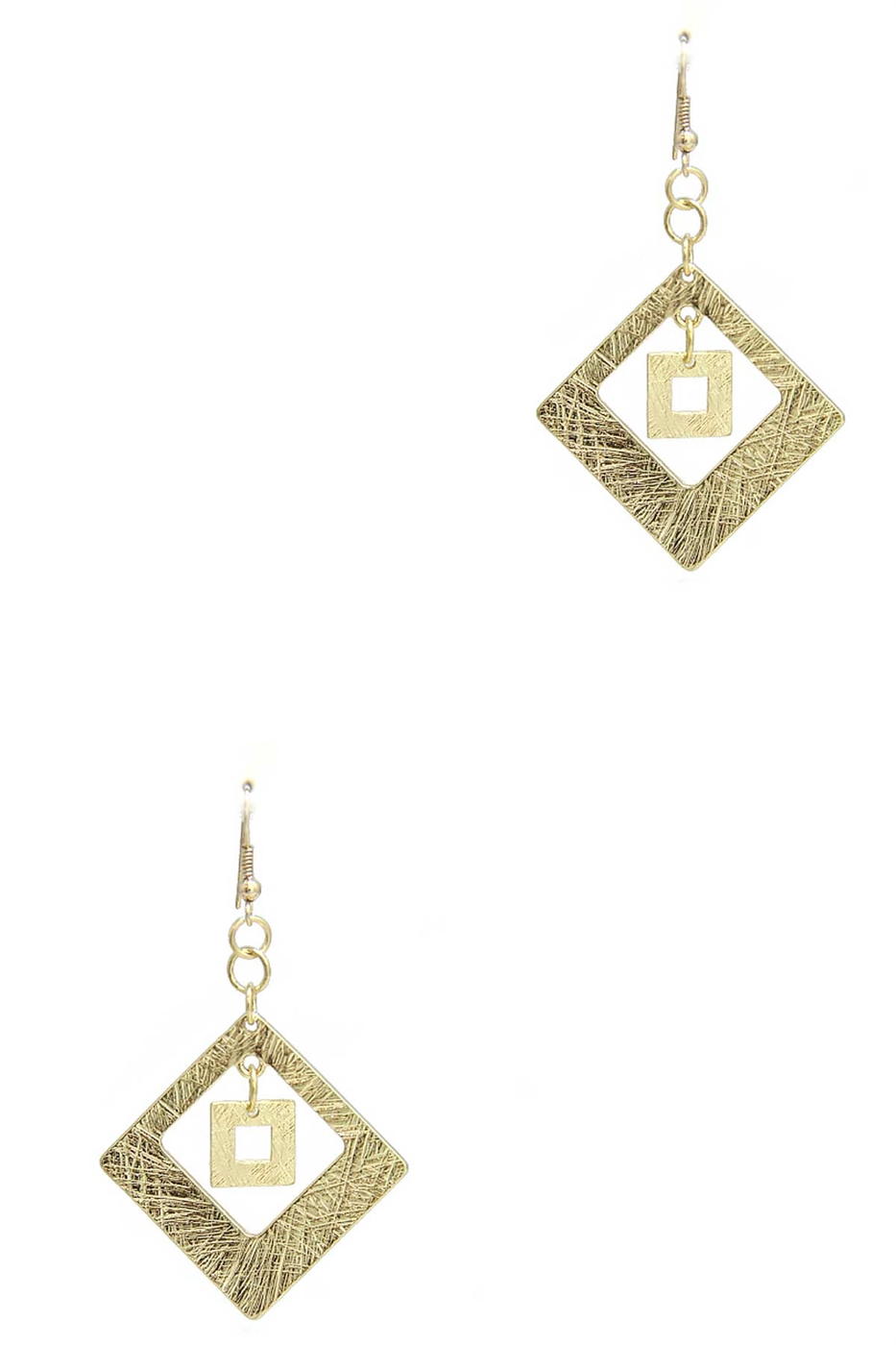SCRATCH DIAMOND SHAPE EARRING - orangeshine.com