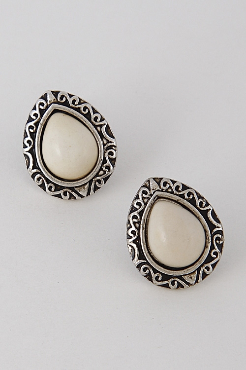 Antique Inspired Stone Earring - orangeshine.com