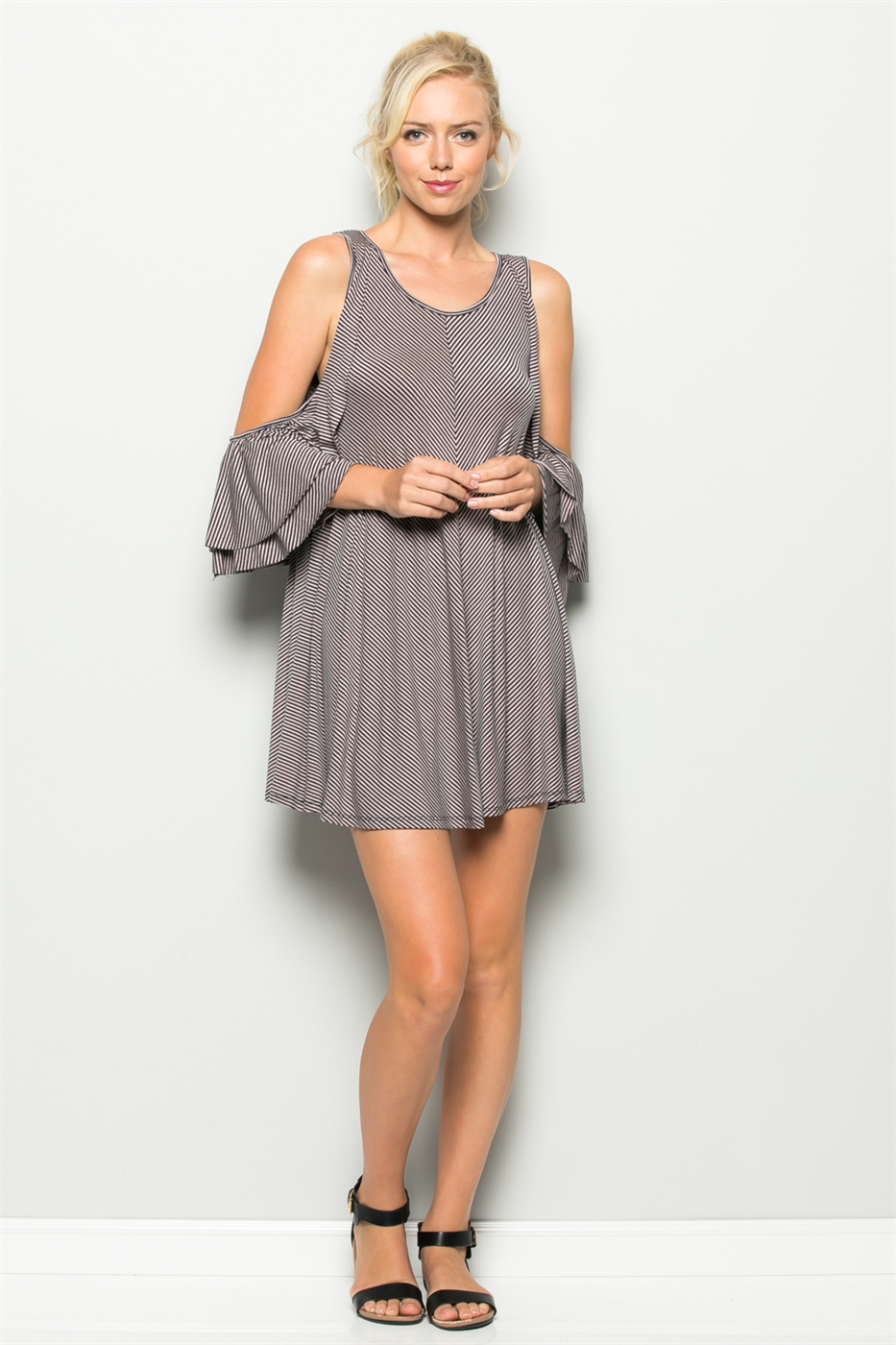 COLD RUFFLE DRESS - orangeshine.com