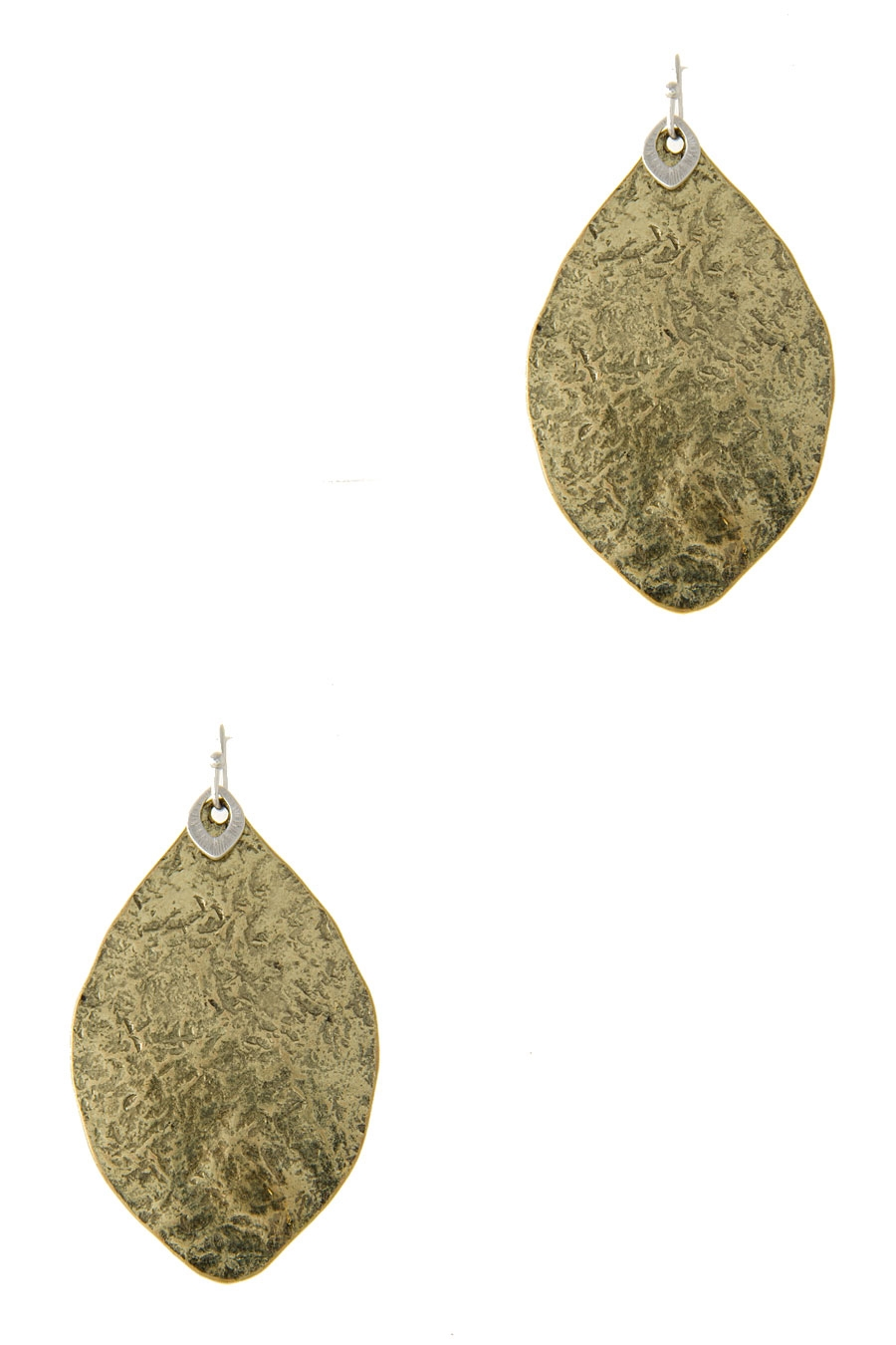 LEAF PLATE SHAPED EARRING - orangeshine.com
