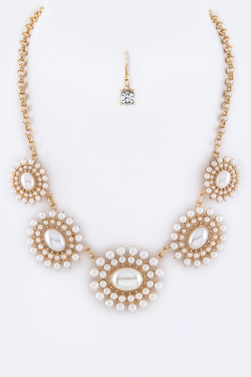 Mix Pearls Statement Necklace - orangeshine.com