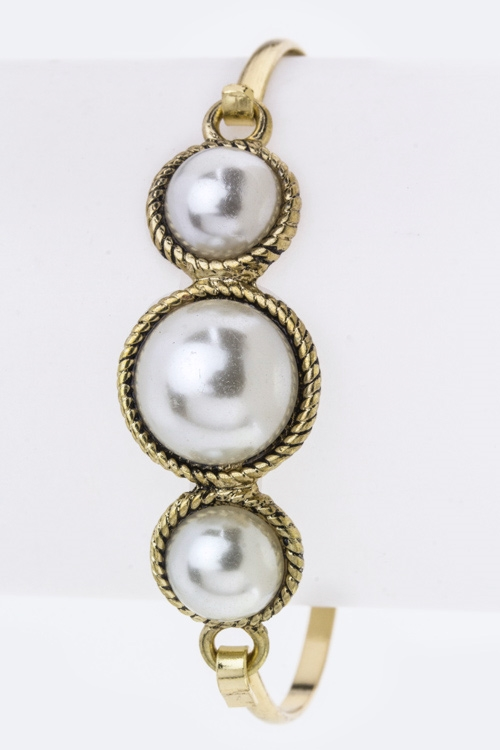 Pearls Hook Bangle - orangeshine.com