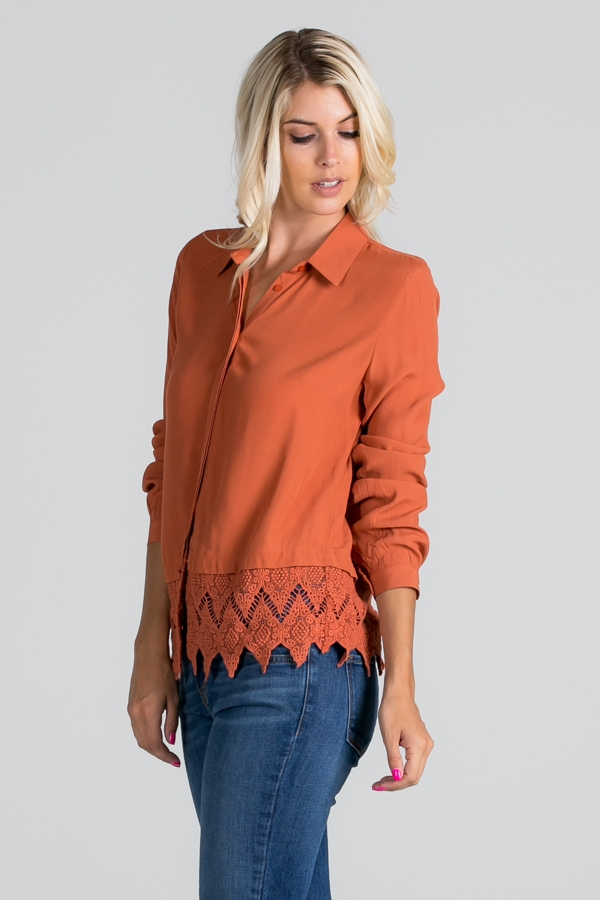 Shirt with bottom lace detail - orangeshine.com