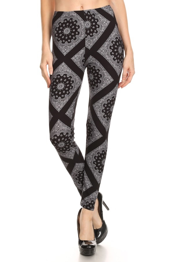 Medallion Print Leggings - orangeshine.com