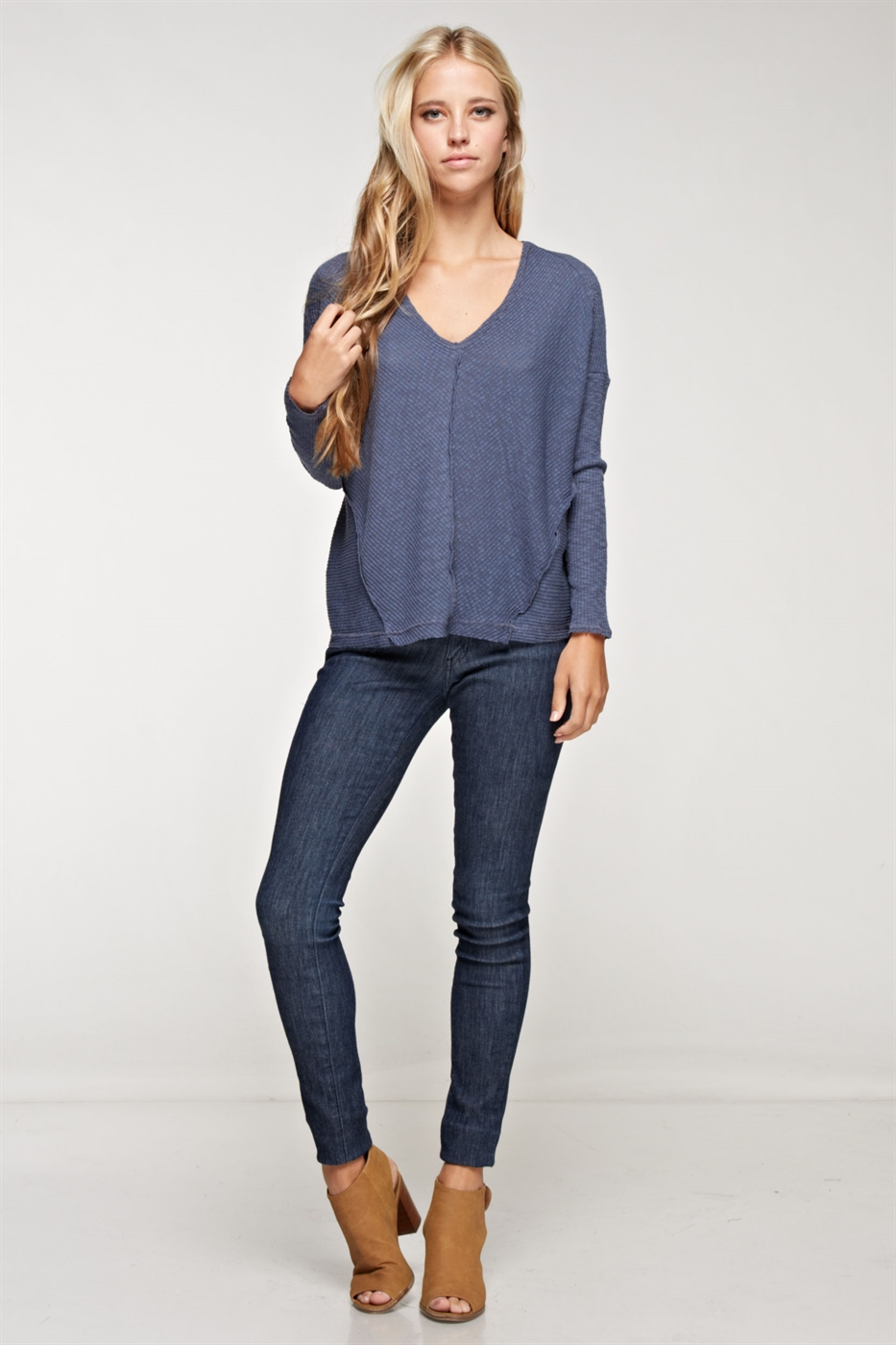 V-Neck long sleeve top - orangeshine.com