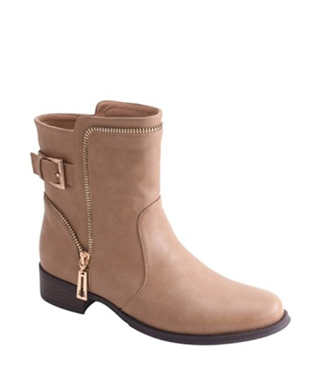 BACK BUCKLE ANKLE BOOTS - orangeshine.com