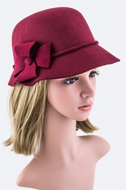 Flower Accent Cloche Hat - orangeshine.com