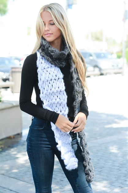 Oversized Knit Color Pop Scarf - orangeshine.com