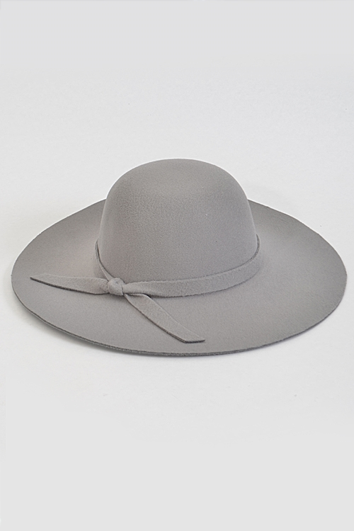 Simple Hat With Thin Bow - orangeshine.com