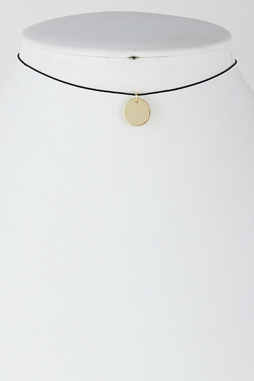 Simple Circle Pendant Choker - orangeshine.com