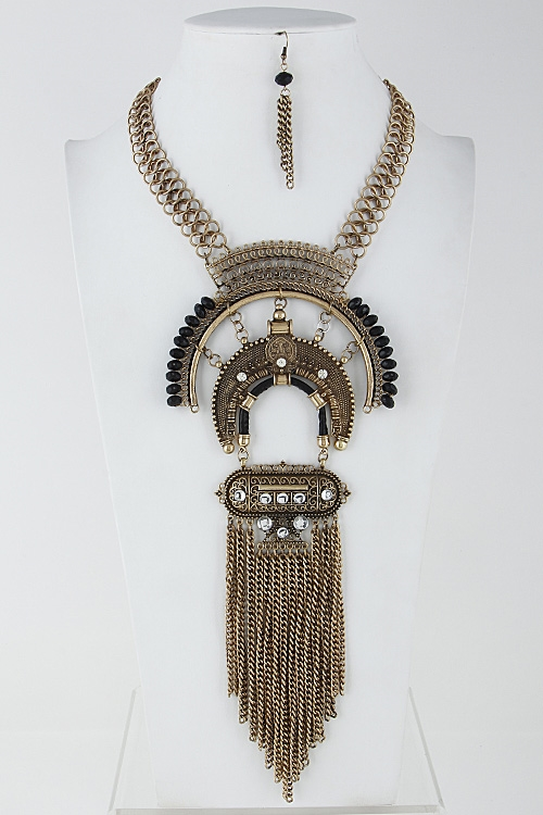 Long Chain Statement Necklace - orangeshine.com