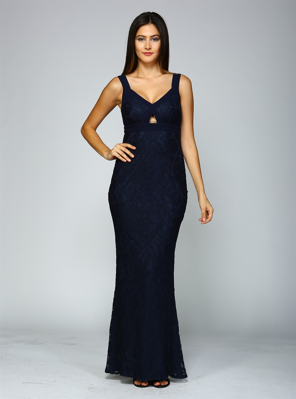 LACE FITTED GOWN W/ CUT-OUT  - orangeshine.com