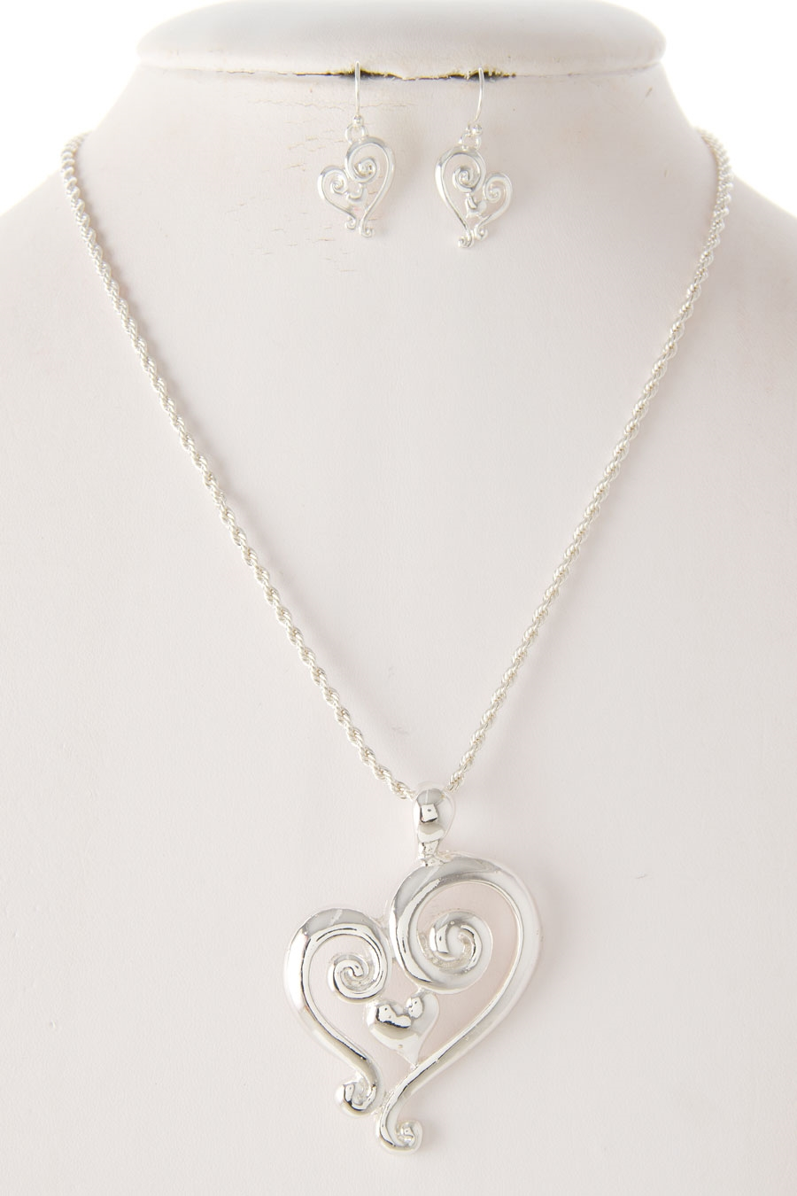 SWIRL HEART PENDANT NECKLACE - orangeshine.com