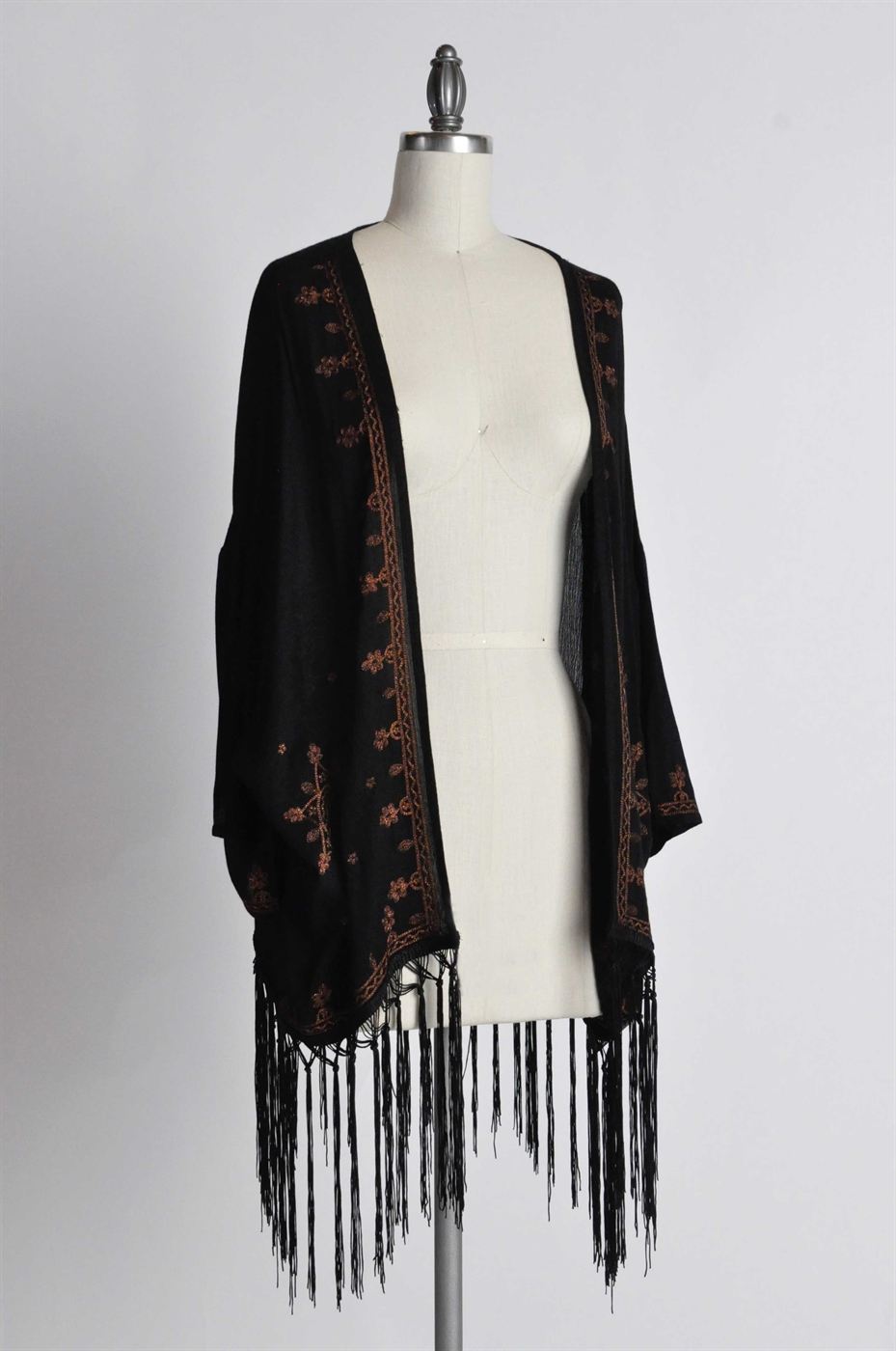 GYPSY STAR EMBROIDERED KIMONO  - orangeshine.com
