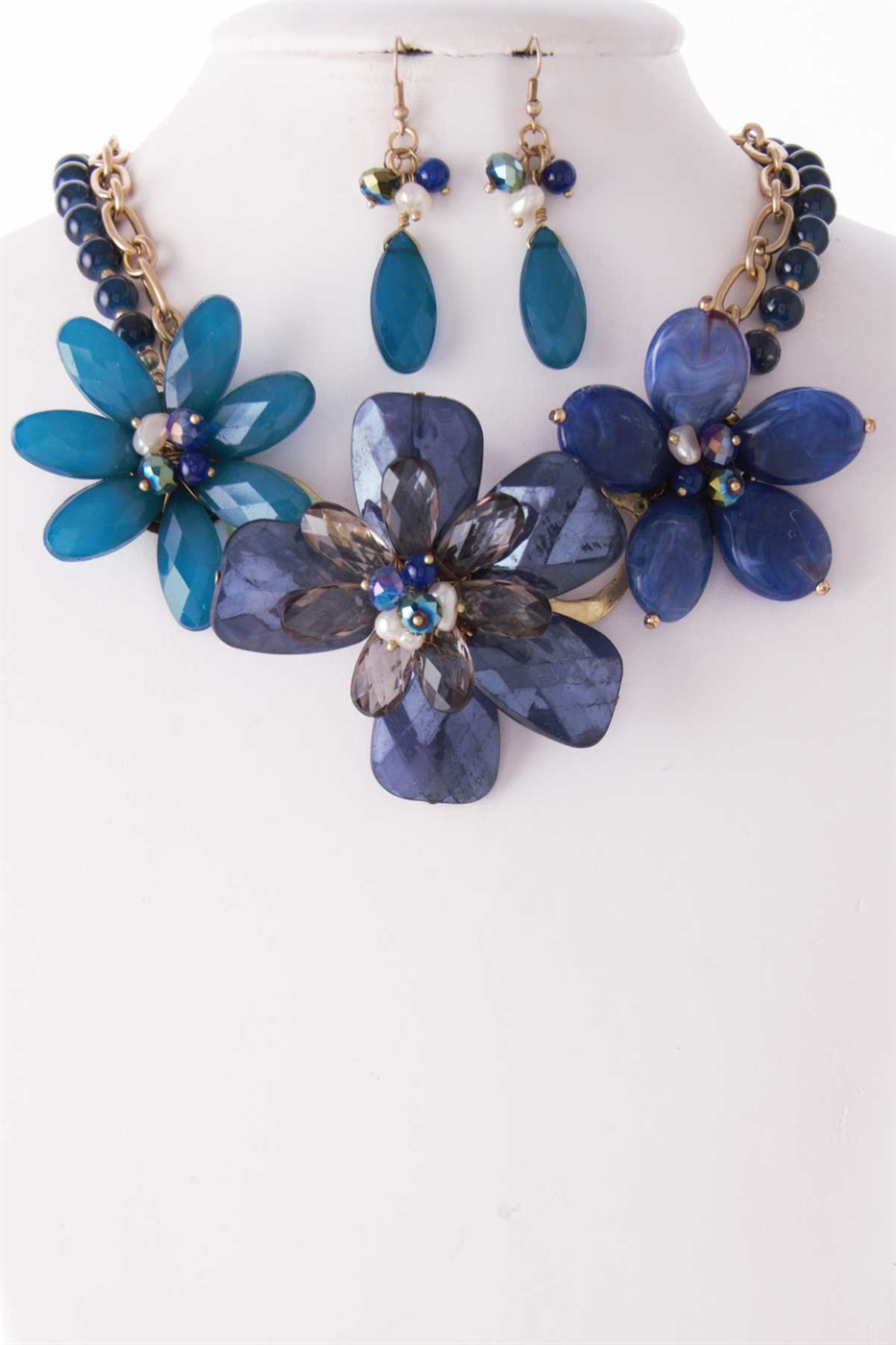 ACRYLIC FLOWER BEAD  NECKLACE  - orangeshine.com