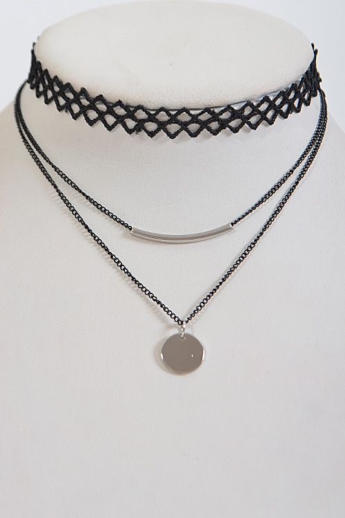 Triangle Patterned Choker - orangeshine.com
