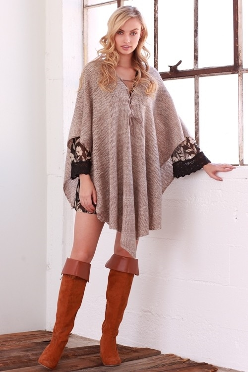 THIN AND FINE ACCENT PONCHO - orangeshine.com
